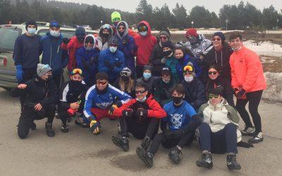 Els alumnes del CFGS d'Ensenyament i animació socioesportiva a la neu