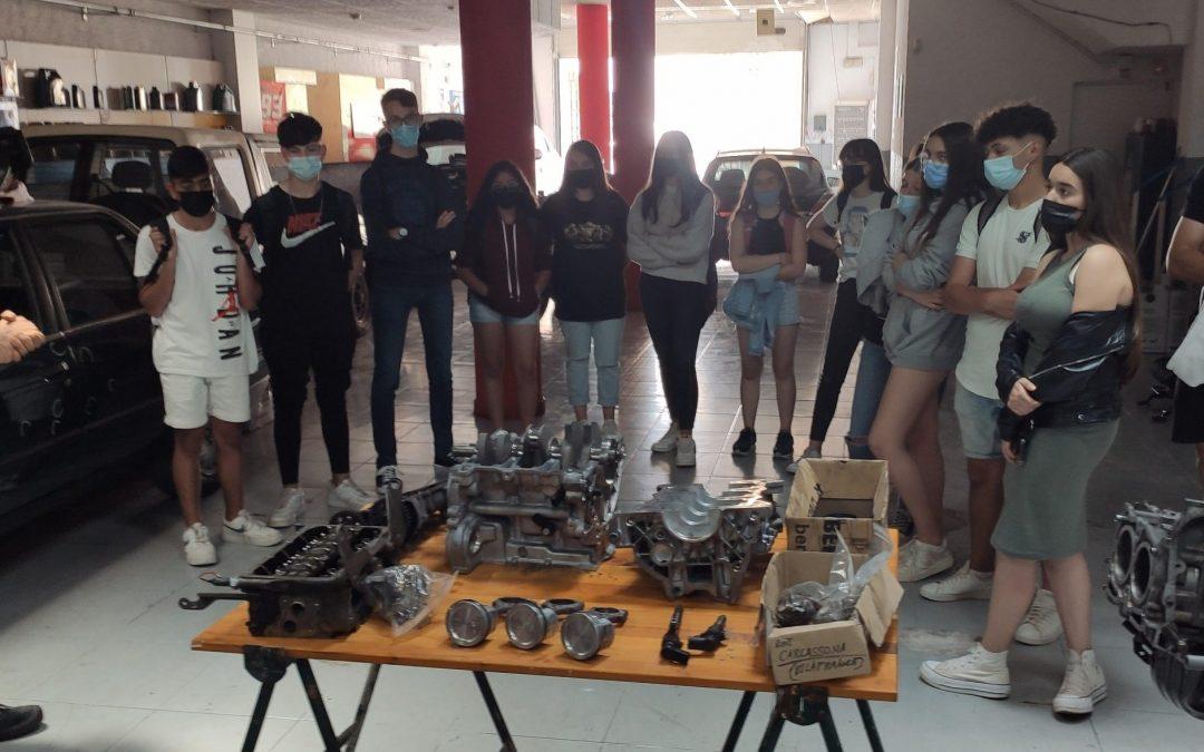 Aprenentatge competencial: Visita a un taller mecànic